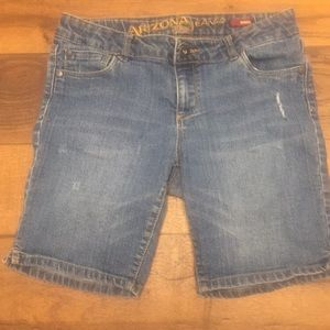 Girls Bermuda jean shorts. Size 12 1/2 plus